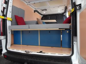 ford-custom-utilitaire-van-amenage